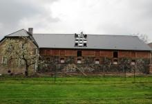 Stary folwark – wymiana pokrycia dachowego i wzmocnienie więźby